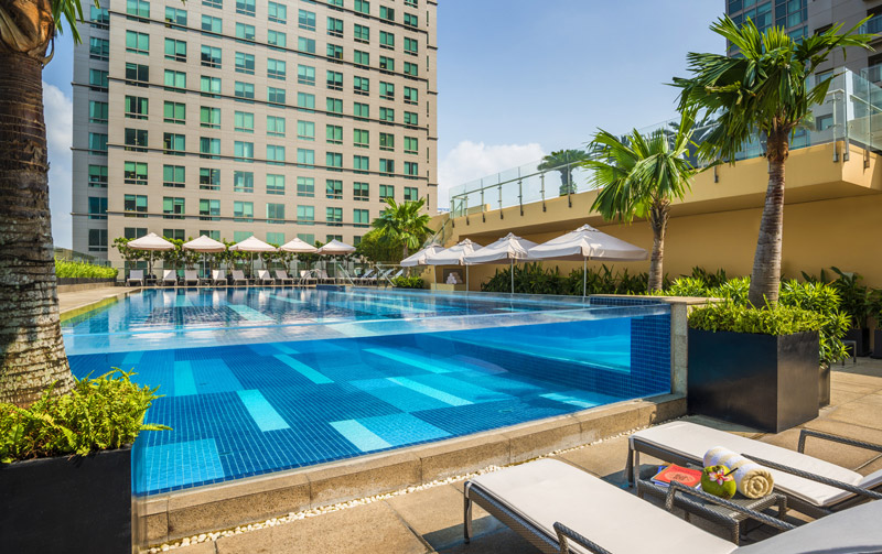 Vietnam 39 s premium travel guide city pass guide for Hotels in kilkenny city with swimming pool